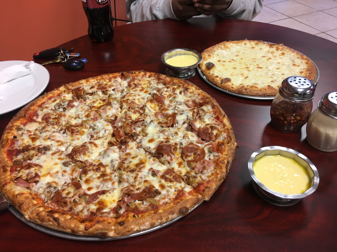 Arno Pizza Meat Lovers and Cheesy Bread